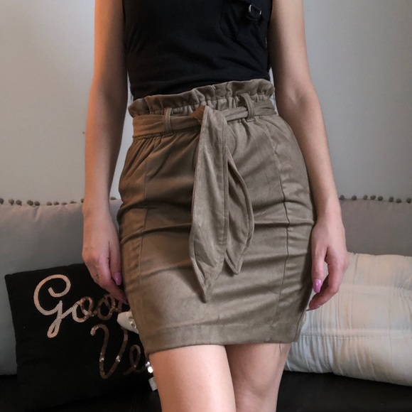 Dynamite Dresses & Skirts - ♥️2 for $20♥️ Paperbag Suede Skirt / Tan